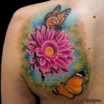 Tatuaje realista a color. Abbyss Zaragoza
